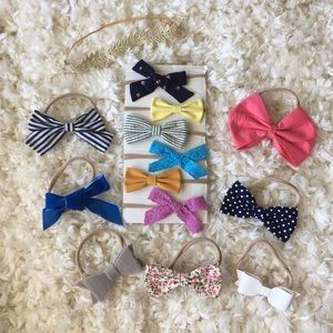 Bundle of Little Poppy bows and other brands